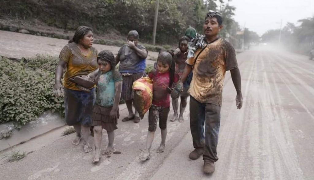 Fuerte erupción del volcán de Fuego en Guatemala