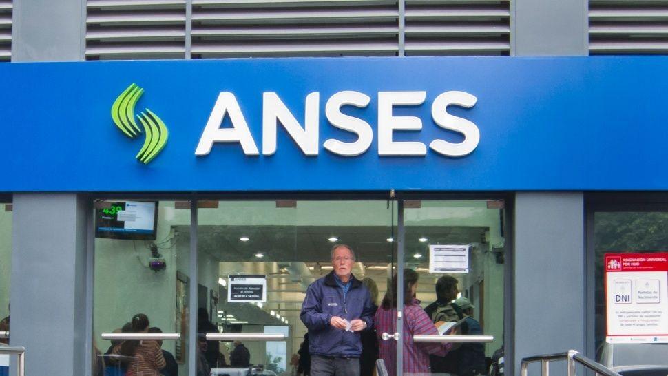 Recortan en 25% los cargos jerárquicos en Anses y PAMI