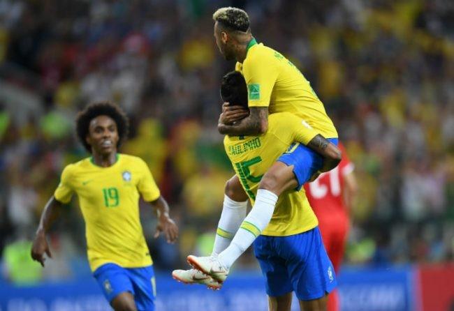Brasil venció a Serbia y se aseguró el primer puesto de su grupo