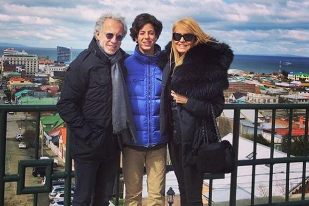 Cecilia Bolocco y Carlos Menem en conflicto por su hijo Máximo