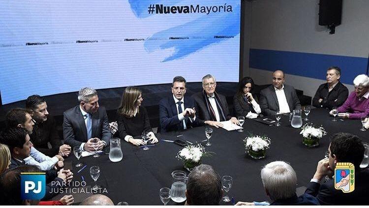 Massa y los Fernández anunciarán hoy su acuerdo electoral
