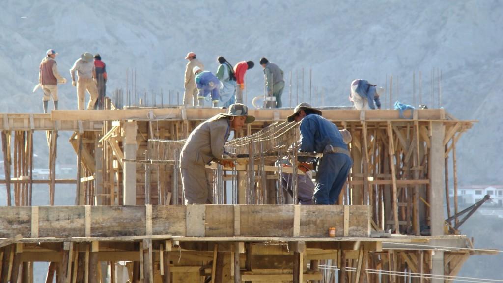 La actividad económica cayó un 2,2 por ciento previo al aislamiento