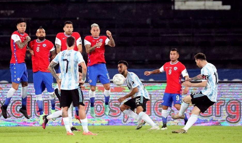 Argentina empató 1 a 1 con Chile en su debut en la Copa América:
