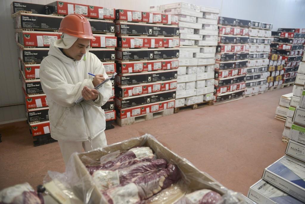 El Gobierno aplicarìa restricciones a la venta de carne al exterior