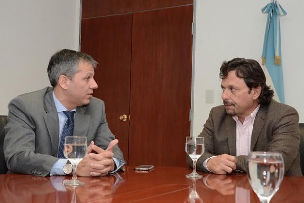 Sáenz firmó un convenio de colaboración con el Ministerio de la Primera Infancia
