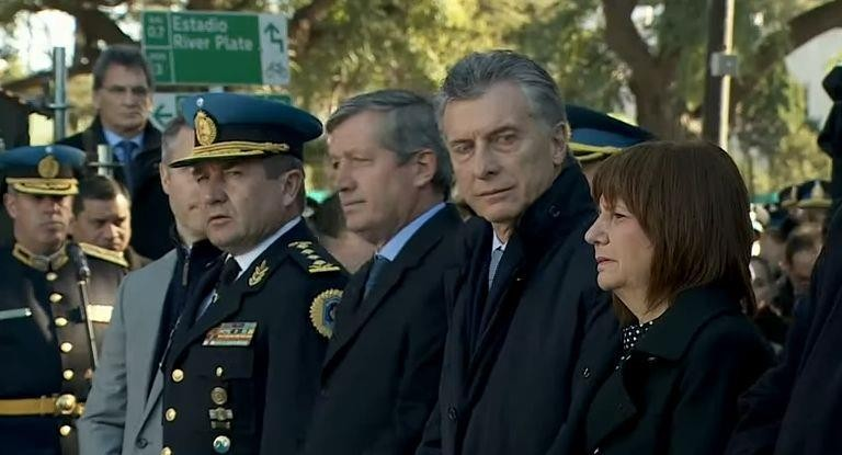 Macri rindió homenaje a policías caídos en actividad:No voy a permitir que esto se naturalice