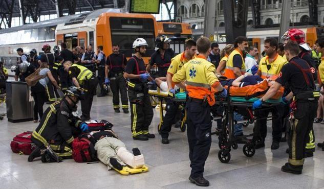 Un accidente de tren en Barcelona dejó 54 heridos, uno grave