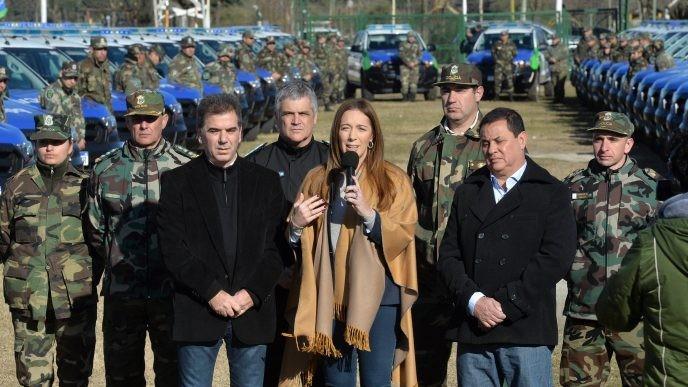 Vidal y Ritondo entregan 100 vehículos para combatir  el delito rural