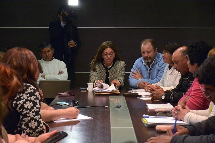 El Gobierno Provincial presento propuesta de aumento a docente