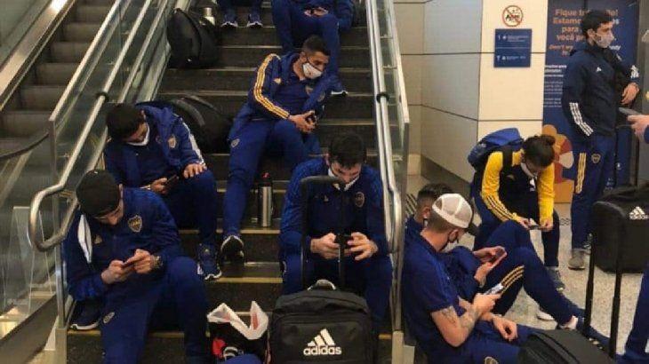 Boca regresa al paìs tras 12 horas a bordo del micro