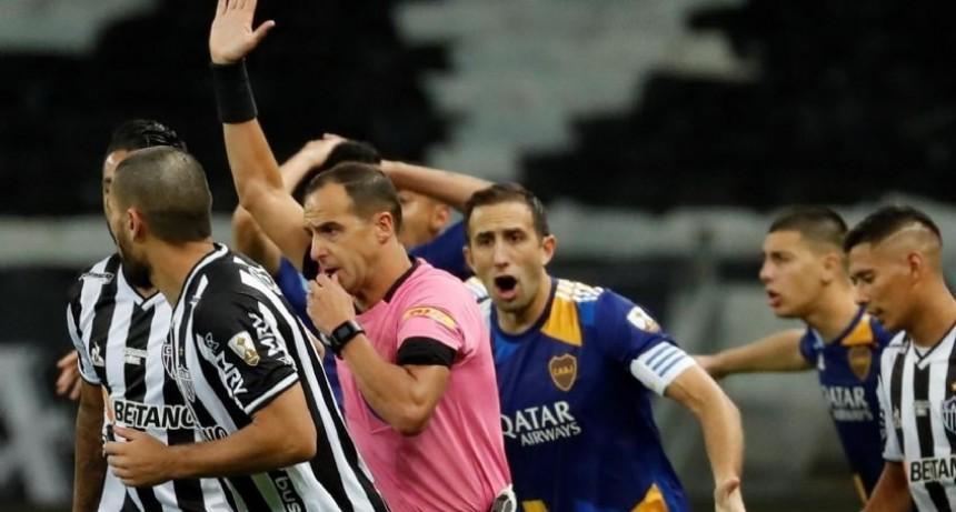 El 1 a 0 de Boca en Brasil quedó invalidado por el VAR