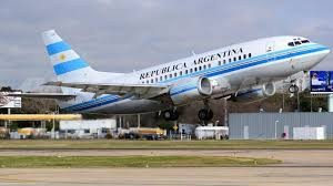 El Gobierno acelera el recambio de los aviones presidenciales