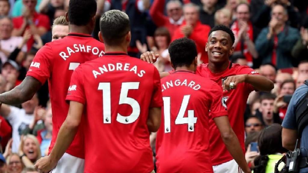 Manchester United goleó hoy por 4-0 a Chelsea