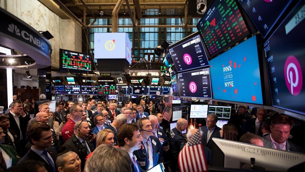 Wall Street sube por encima del 1% por el paso de China para negociar con EEUU