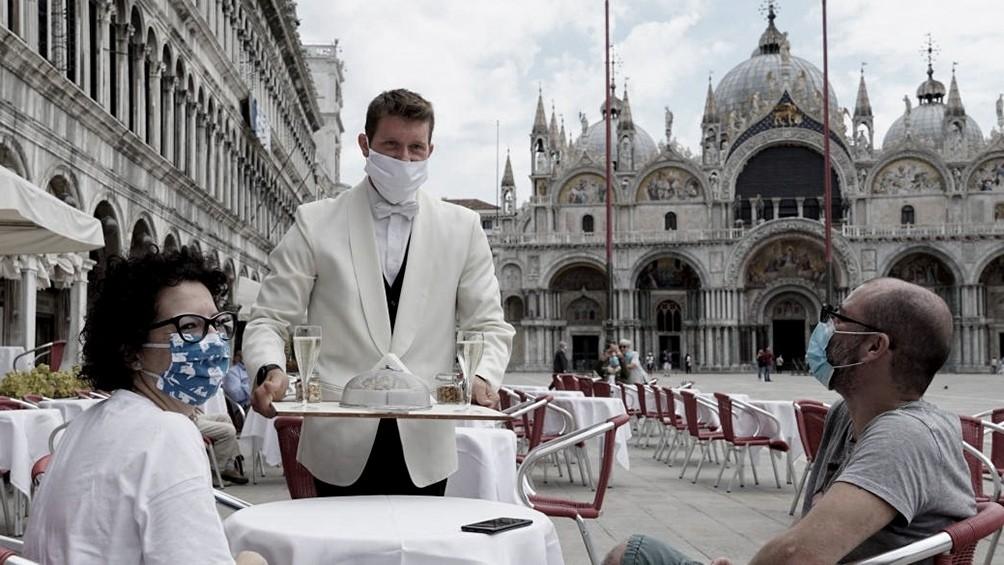 Italia registra más de 1.000 casos de coronavirus en un día por primera vez desde mayo