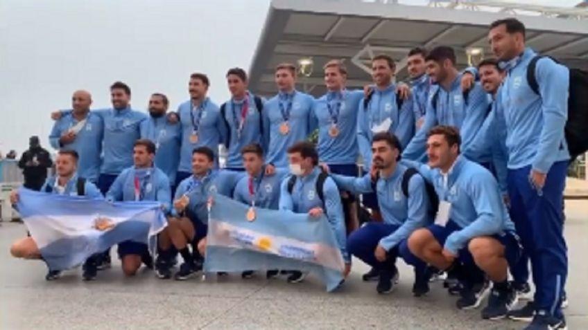 Llegaron Los Pumas 7's tras ganar la medalla de bronce