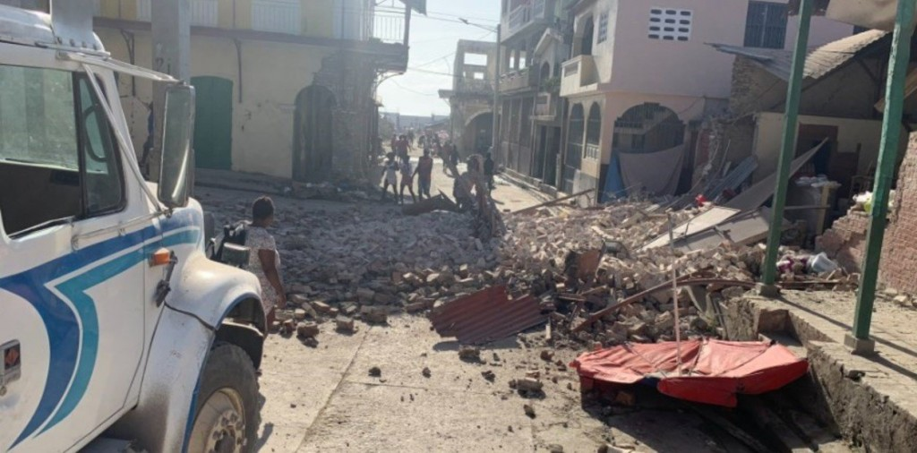 Un fuerte terremoto sacudió a Haití