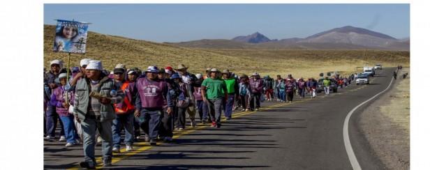 Los peregrinos comienzan a caminar la geografía salteña