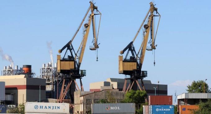 Diferencian entre el Gobierno la oposición y empresarios por las importaciones