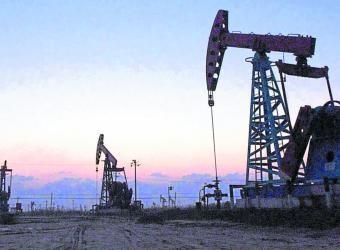 El petróleo sube con fuerza por temor al huracán Florence