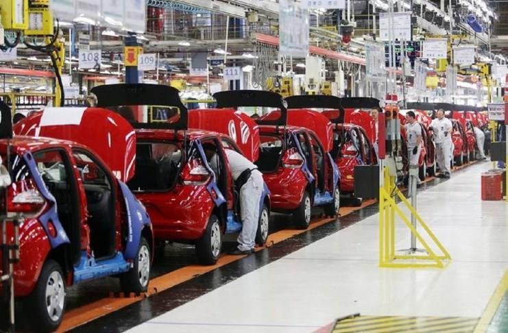 La industria se reactivó un 0,7% en comparación al mismo período de 2019