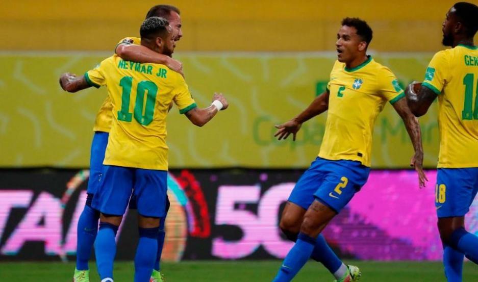Brasil se mide con Perú EN VIVO
