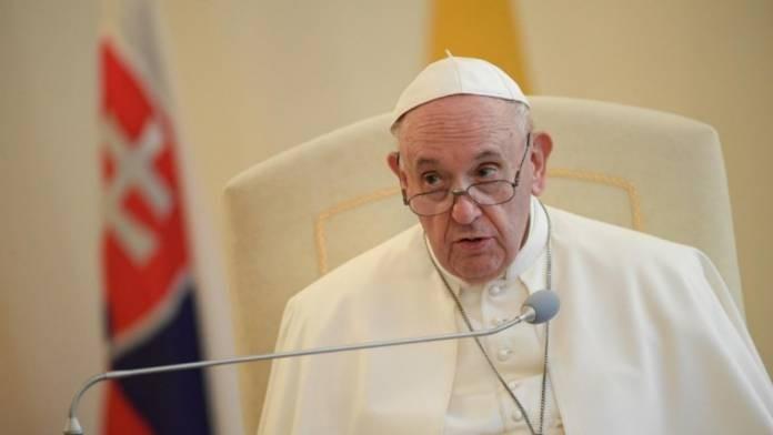 Francisco pidió que los países europeos no se aíslen en la pospandemia