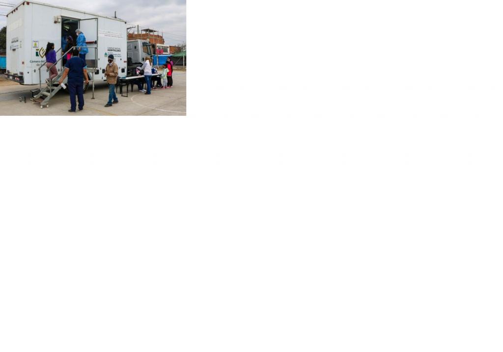 La ciudad dispone de cuatro vacunatorios móviles COVID-19