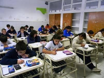 Polémica por una evaluación de calidad educativa en el país