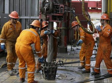 Petroleros del sur van por bono de $5.000 pendientes del último acuerdo