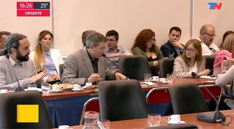 Diputados firmaron en comisión el desafuero de De Vido