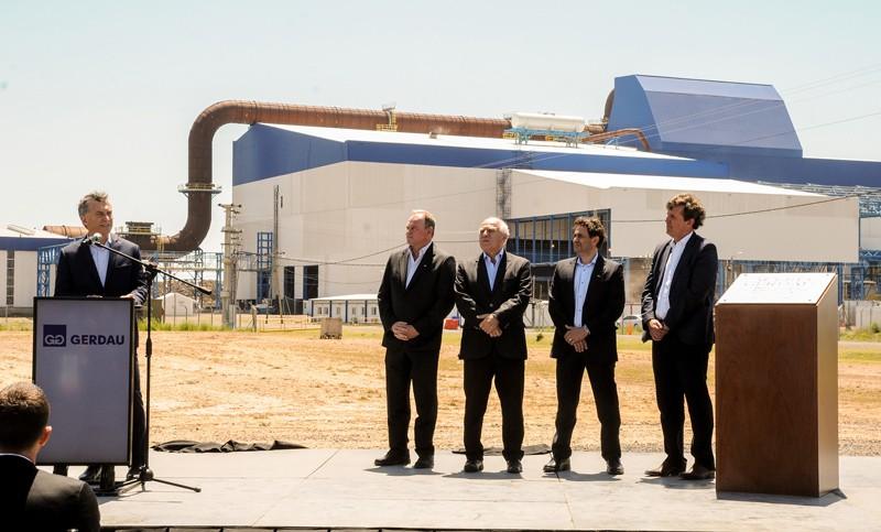 Macri inaugura en la provincia de Santa Fe una de las acerías más modernas del mundo