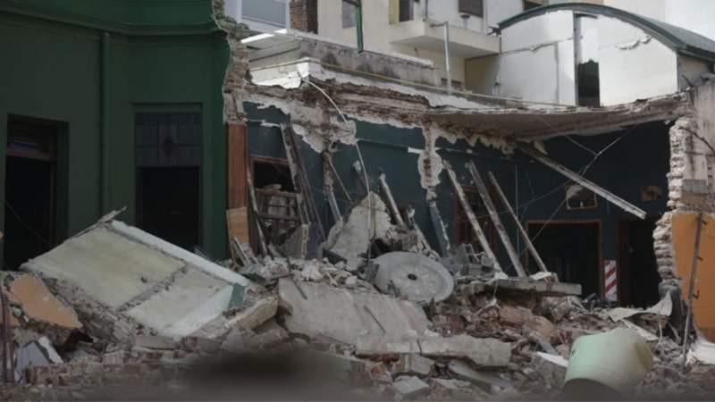 Un derrumbe destruyó un restobar en Nueva Córdoba