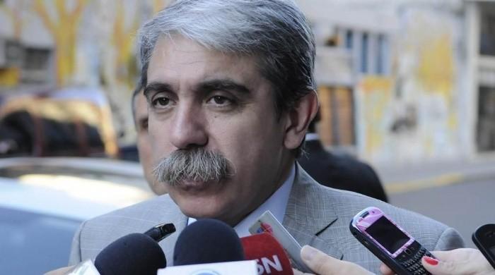 Alberto maltrató a la prensa: Andá a trabajar de periodista