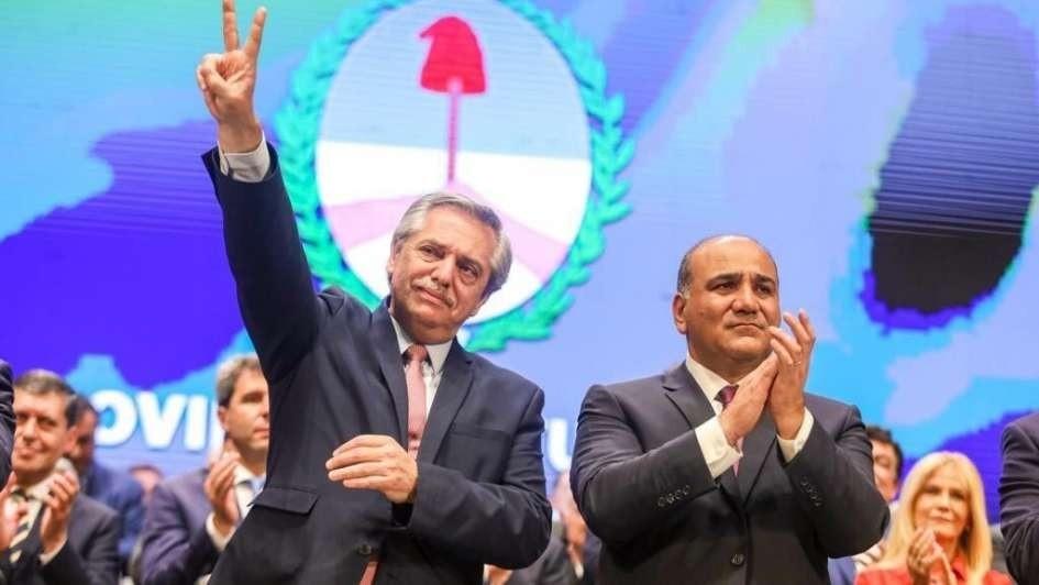 Fernández, en la asunción de Manzur: Vamos a enfrentar un tiempo complejo