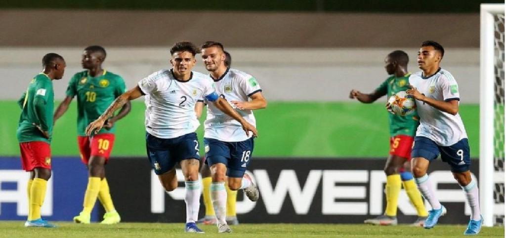 Argentina venció a Camerún