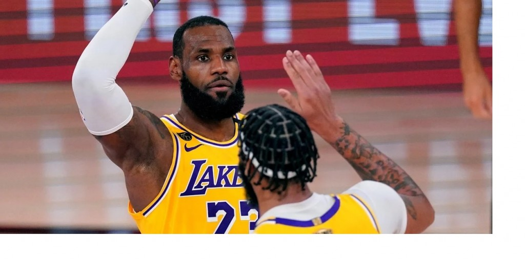 Los Angeles Lakers dominaron a Miami Heat