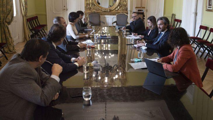 Martìn Guzman llamò a reuniòn de gabinete