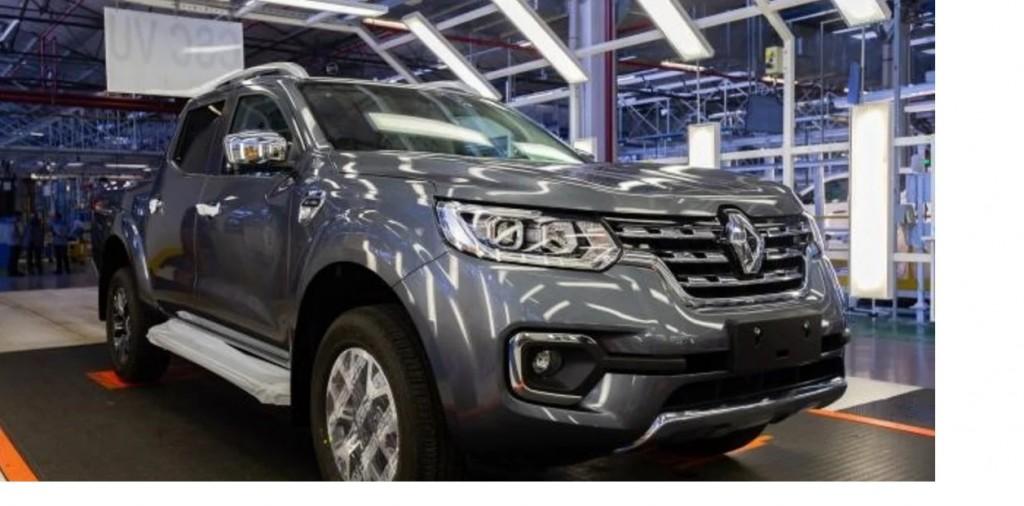 Renault lanza la pickup Alaskan en su 65°aniversario de su planta