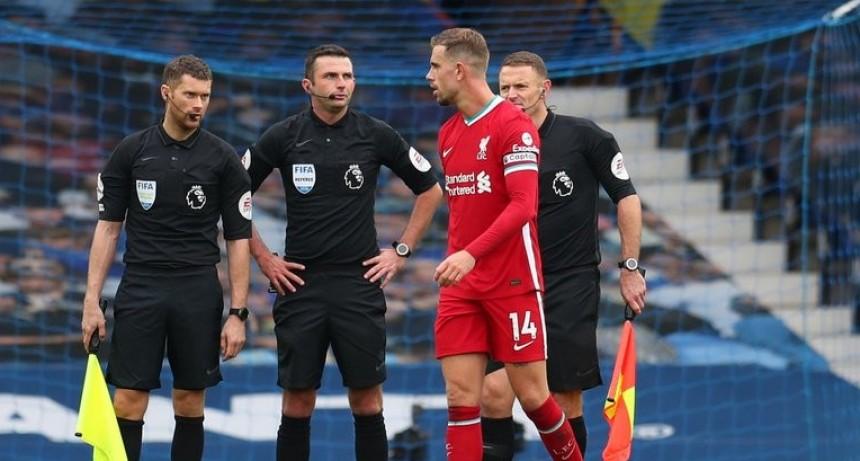 Everton empata 2-2 al Liverpool con la definición del VAR