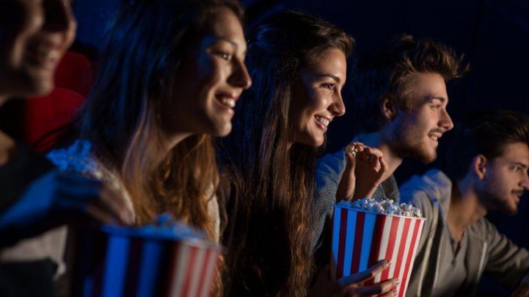 Naciòn darán 5.000 pesos mil a jóvenes para gastar en cines y recitales