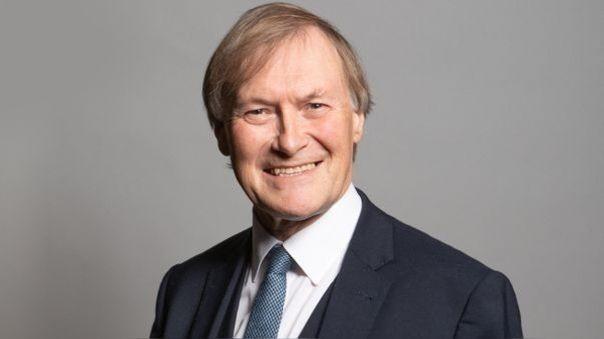 Diputado conservador británico asesinado en una iglesia