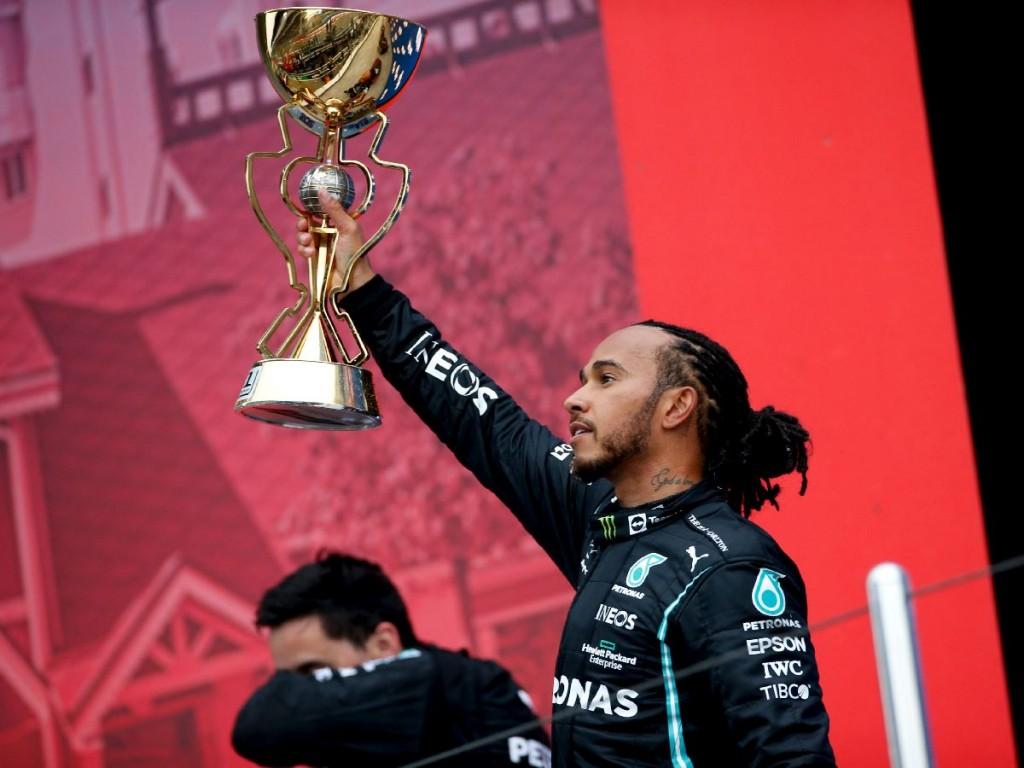 Hamilton festejó en Rusia y llegó a 100 victorias en la F1