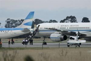 La flota de aviones de la Presidencia, costosa y polémica
