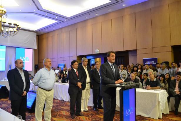 Sergio Massa encabezó el plenario del Frente Renovador