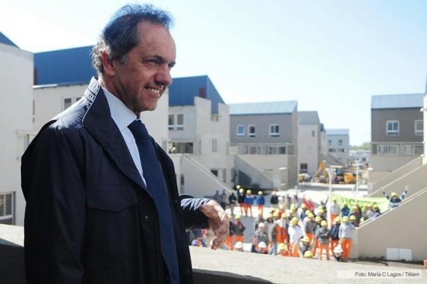A 15 días del balotaje, Scioli presentó nuevas propuestas de gran impacto económico