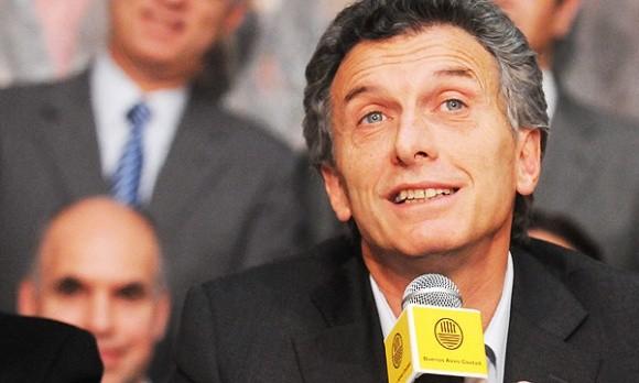 Macri le saca ventaja a Scioli