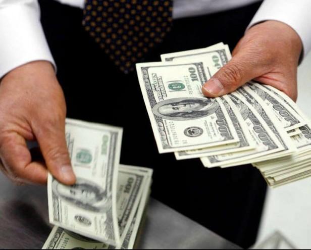 La Asociación de Bancos demandará al Central por obligarlos a vender dólares