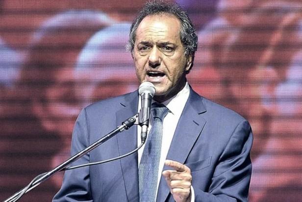 Scioli llamó a alcanzar la unidad de todo el peronismo y los que integra el FpV