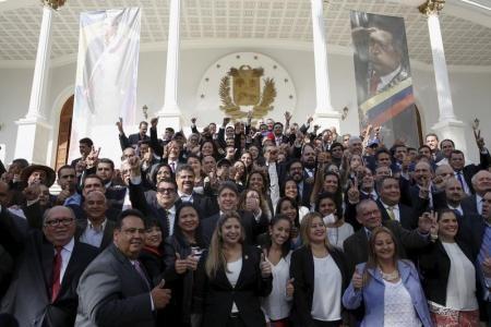 La oposición da marcha atrás en Venezuela